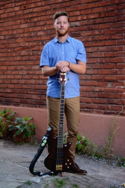 Bass Guitar, Guitar and Music Theory Tutor Tim from Montréal, QC