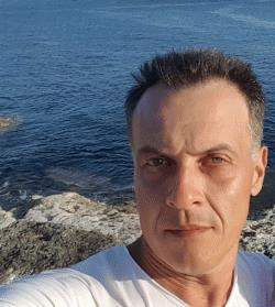 Hebrew Language Tutor Florin from Bristol, United Kingdom