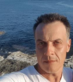 Hebrew and Romanian Language Tutor Florin from Bristol, United Kingdom