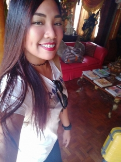 English and Tagalog Filipino Language Tutor Corazon from Rizal, Philippines