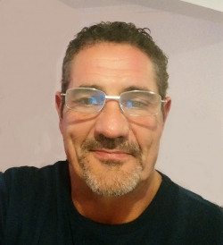 English Language Tutor Alex from Manama, Bahrain