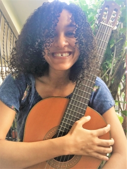 Guitar and Music Theory Tutor Shanelly from Santo Domingo, Dominican Republic
